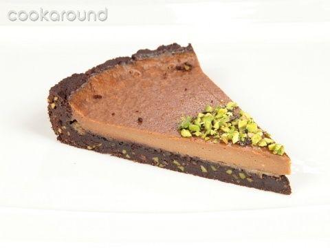 Crostata al cioccolato al latte e pistacchi: Ricette Dolci | Cookaround