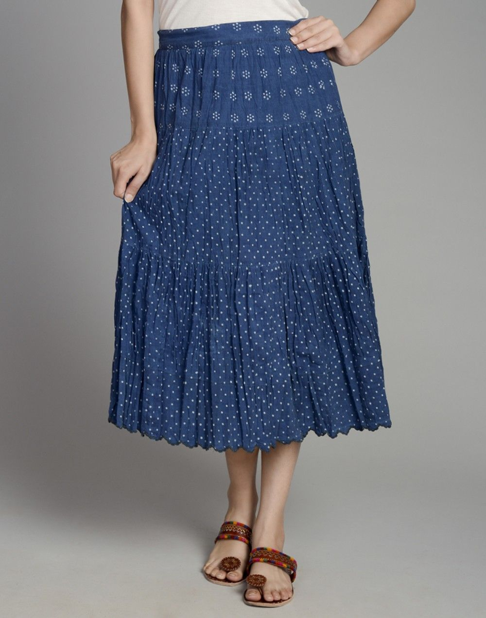 This trendy skirt is perfect for those who like their