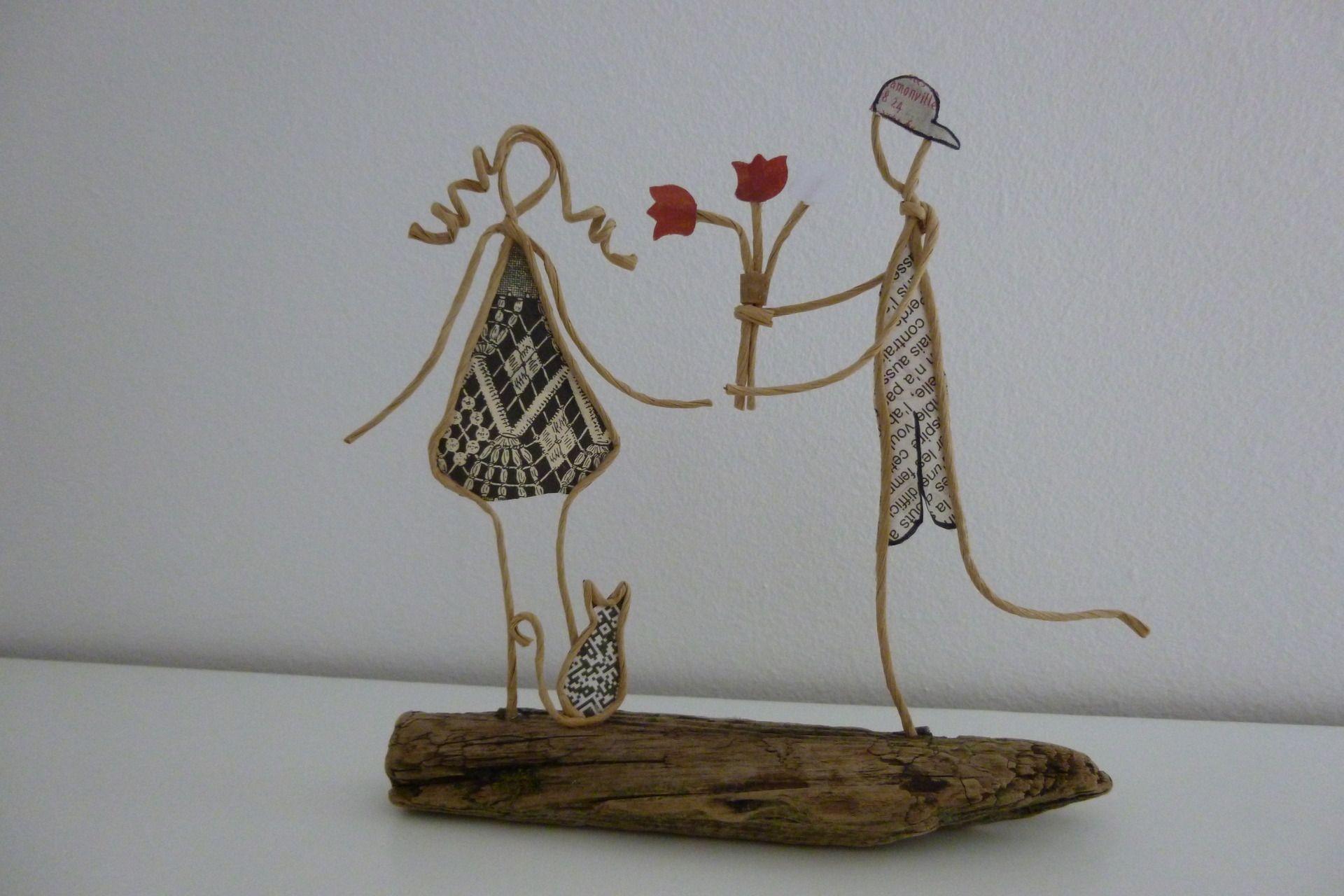 accessoires de maison les amoureux figurine en ficelle 10491225 p1030620 5001c da699. Black Bedroom Furniture Sets. Home Design Ideas