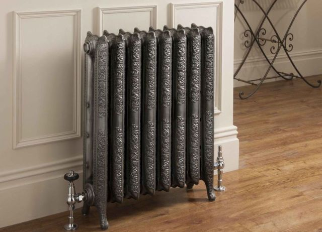 Cast iron wall radiator paint rollers with designs