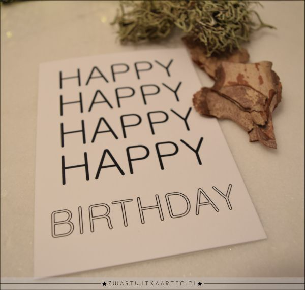 De zwart wit kaart: Happy Happy Birthday heeft een leuke tekst en afbeelding op de voorkant. Omdat de kaart opengeklapt kan worden, ben je vrij om je eigen, unieke en persoonlijke boodschap op te schrijven. De kaart kan ook gebruikt worden als woonkaart.
