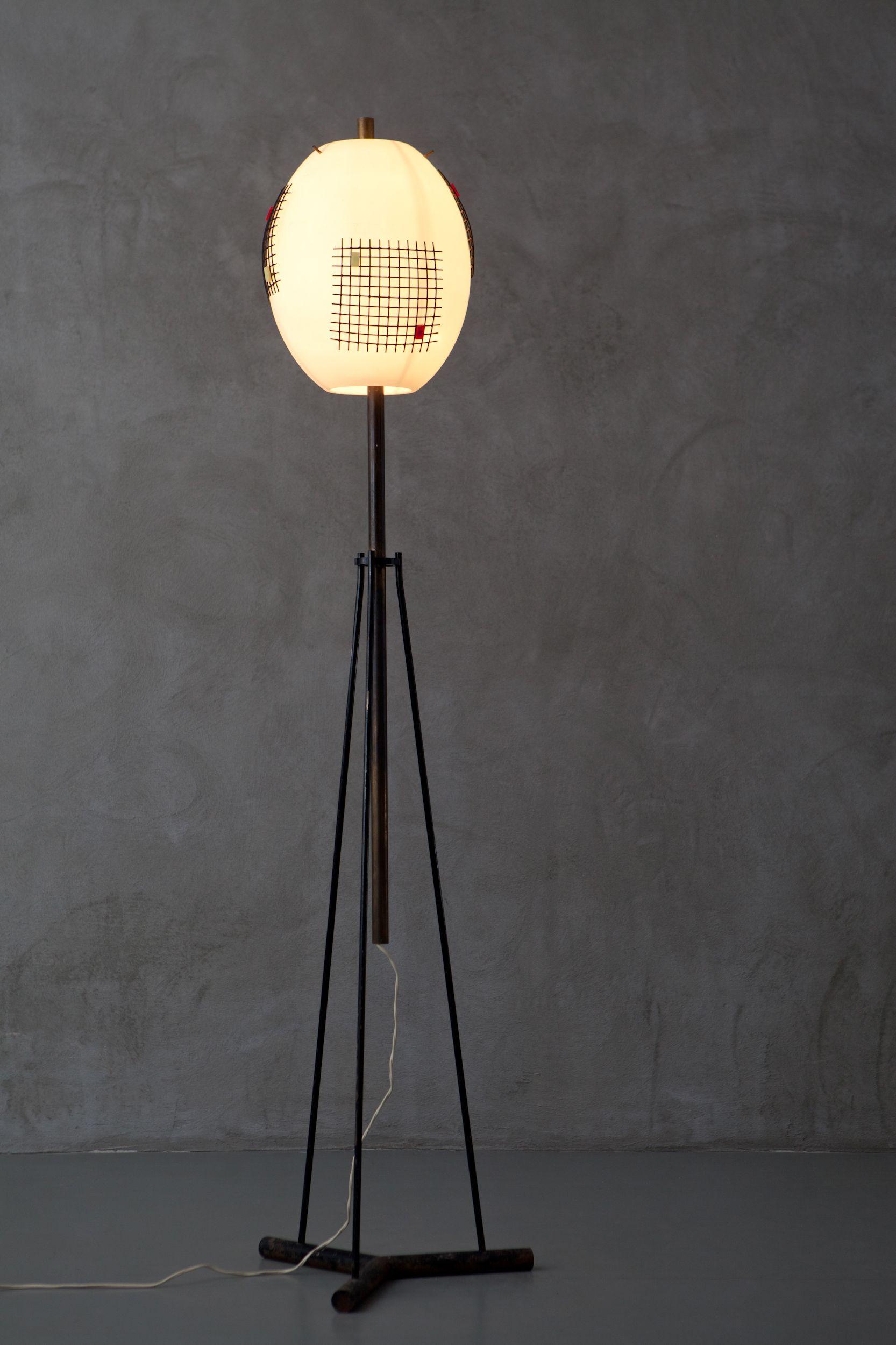 Designmiami Industrial Modern Lighting Lamp Tripod Lamp