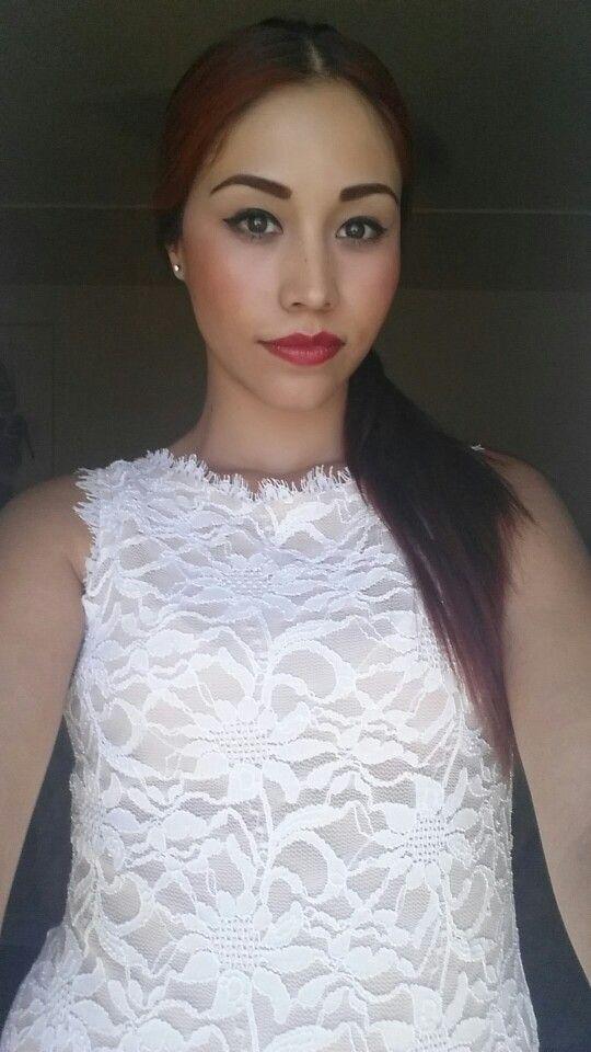 Vestido de encaje beige