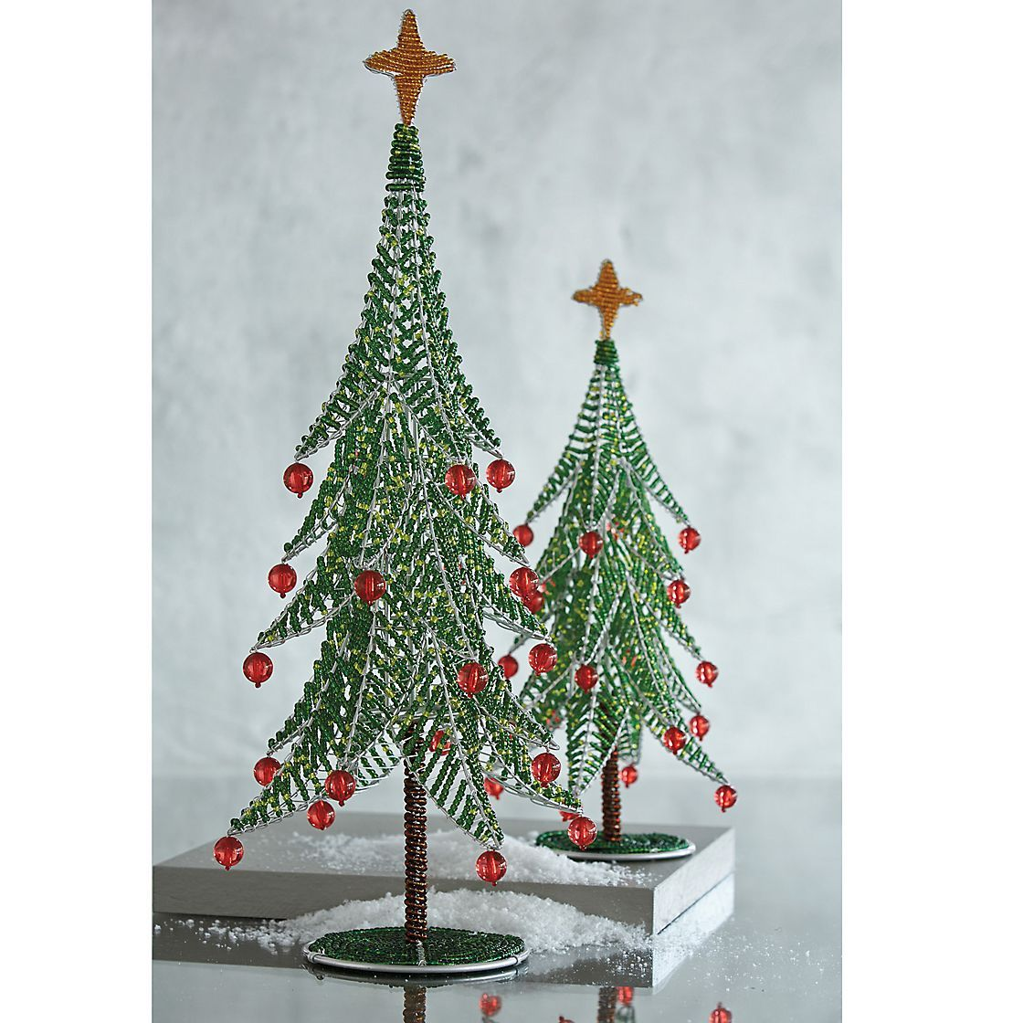 Decorate Christmas Tree With Beads: Beaded Christmas Tree Decorations