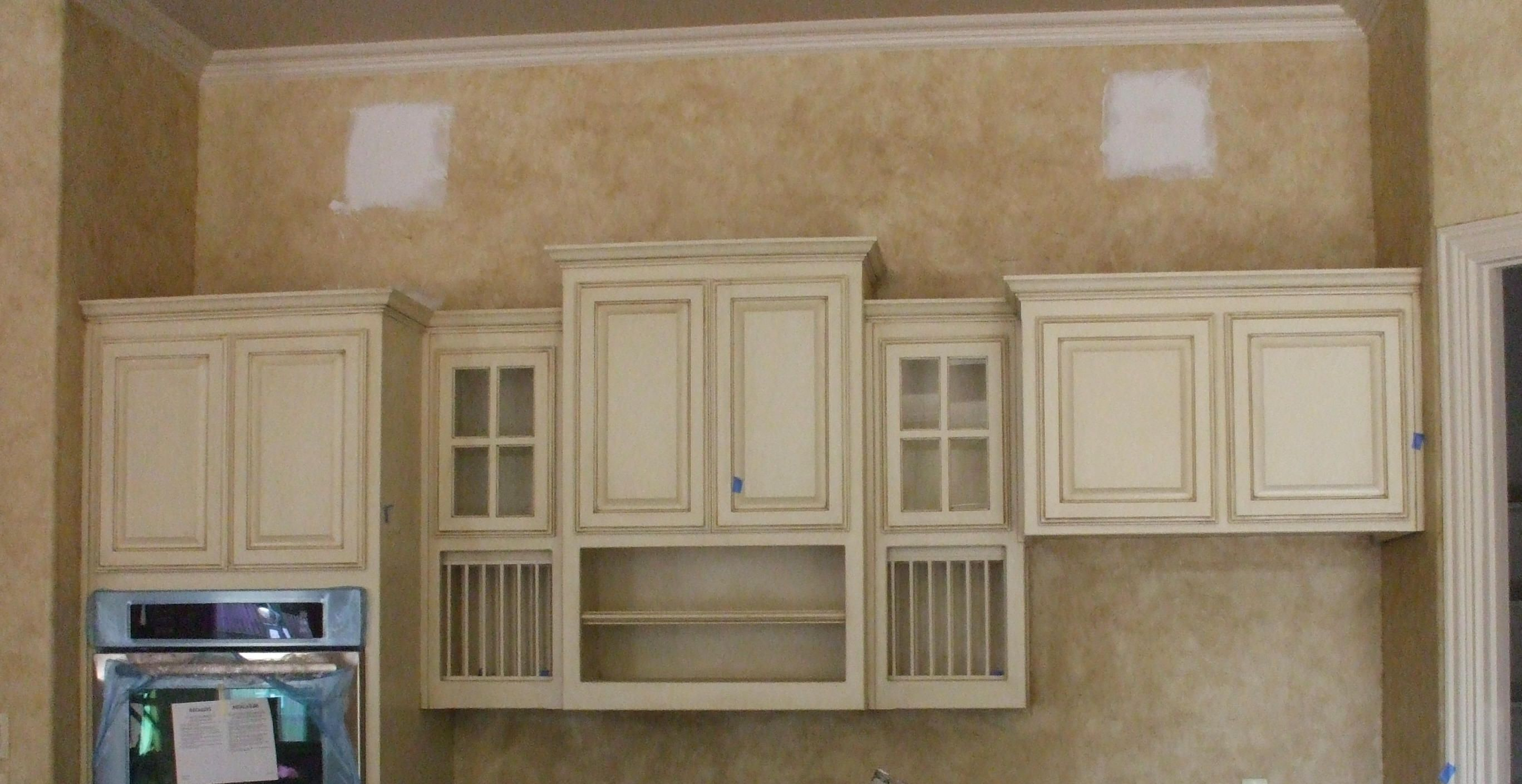 Cabinet Finishes And Glaze Colors Glazed Cabinets Faux Finish Wall Make This Kitchen Custom