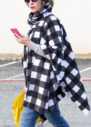 30+ Free Fabric Poncho Sewing Patterns -   19 DIY Clothes For Winter fabrics ideas