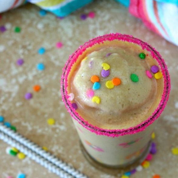 Healthy Birthday Cake Smoothie The Protein Has That Classic Yummy Vanilla