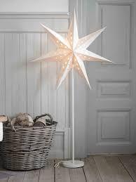 Oviesse Decorazioni Natalizie.Risultati Immagini Per Oviesse Decorazioni Natalizie Stella Di Natale Lanterne Stelle Decorazioni Natalizie