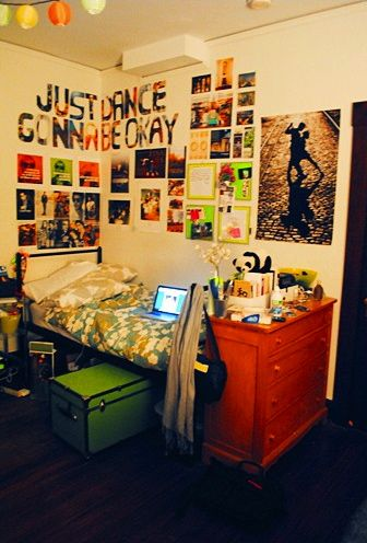 dorm ideas @Rebekah Ahn Ahn Schlick I really like this idea!!! :D