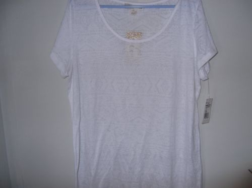 Derek Heart womens top size 2X and is NWT's
