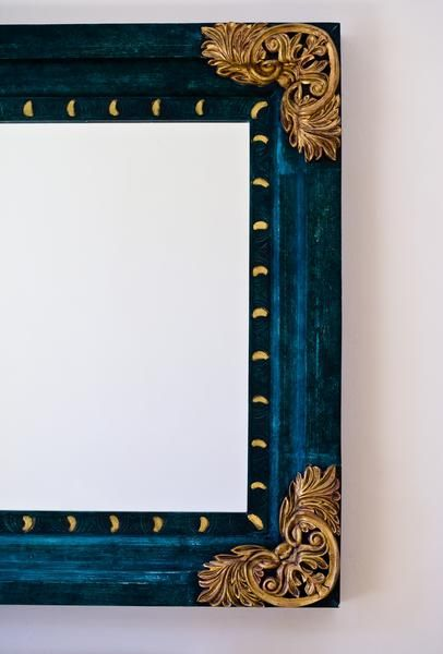 How to Refinish Old Gold Mirror Frames | Metallic How To\'s ...