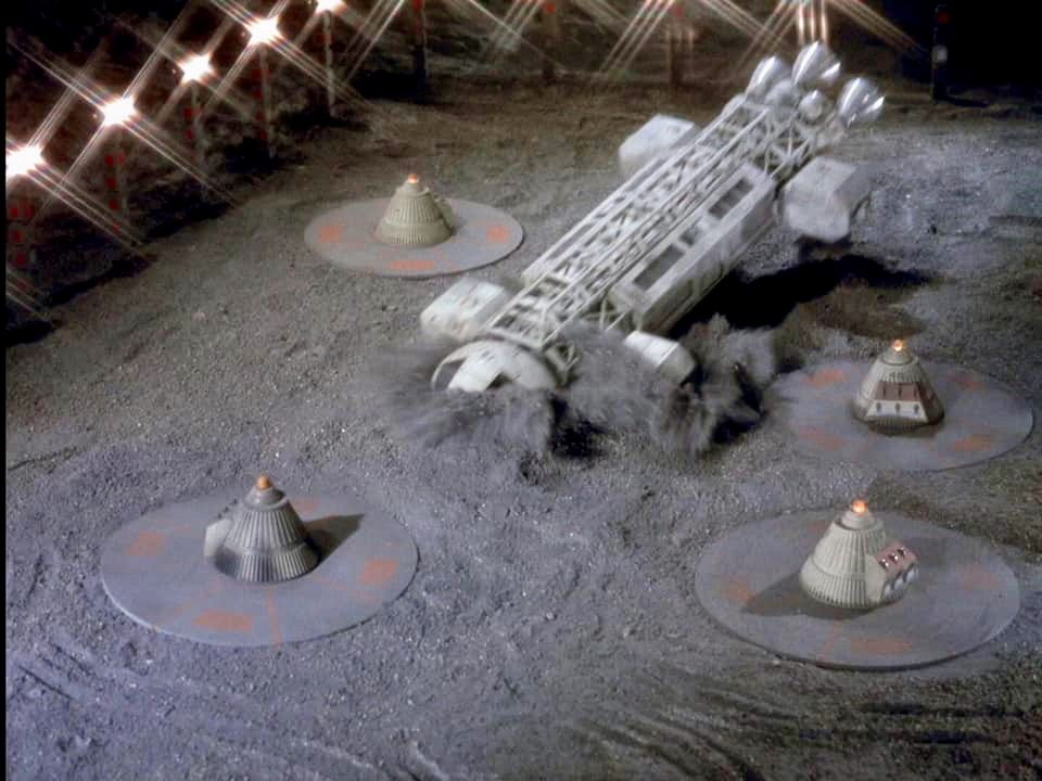 Pin by Cary Nakama on Space: 1999   Space 1999, Sci fi tv ...