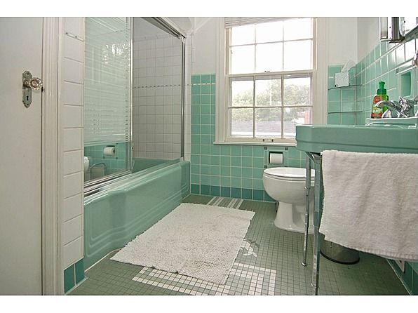 Vintage / retro bathroom...mint green / aqua tile and ...