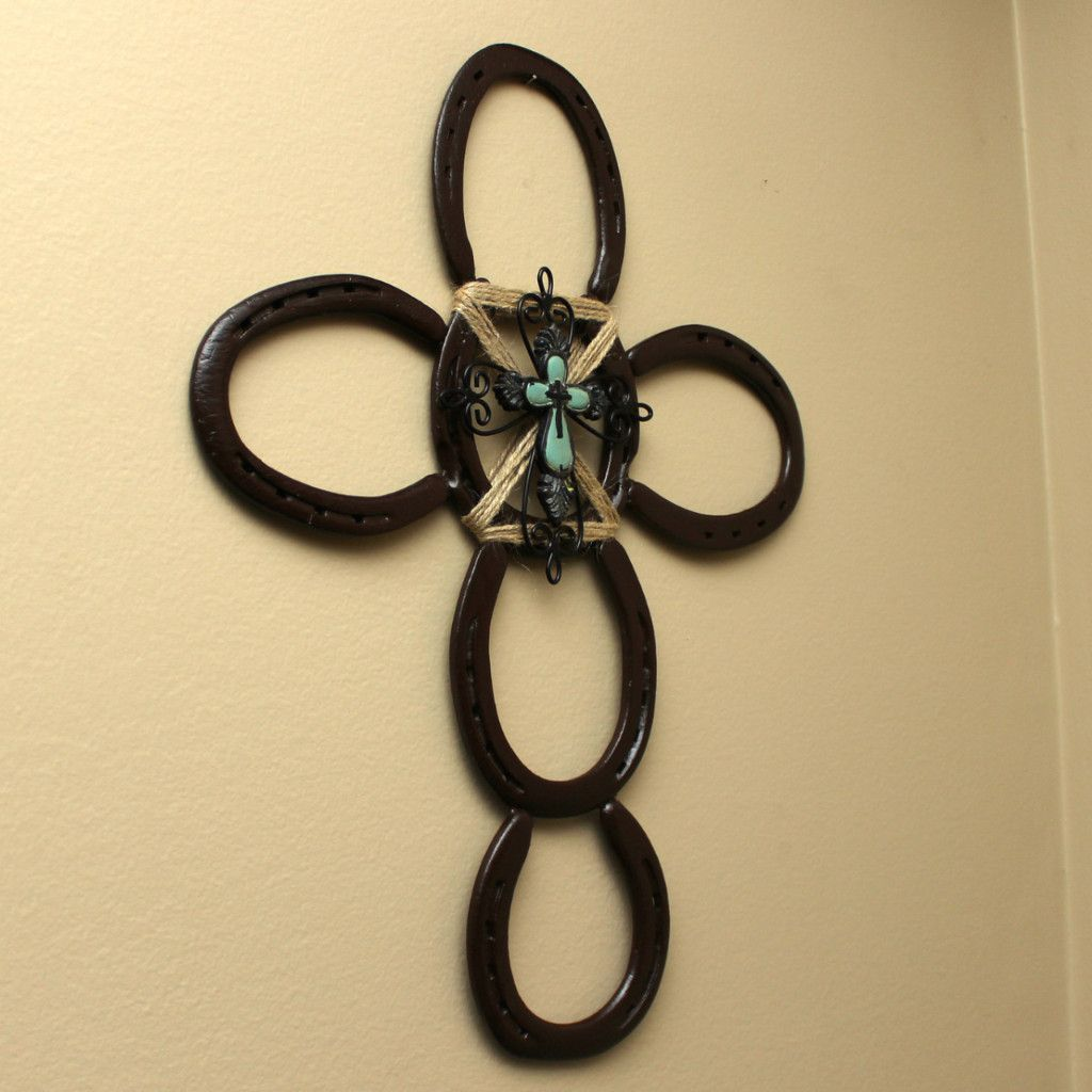 Rustic Horseshoe Wall Cross | Wall hangings, Rv and Unique