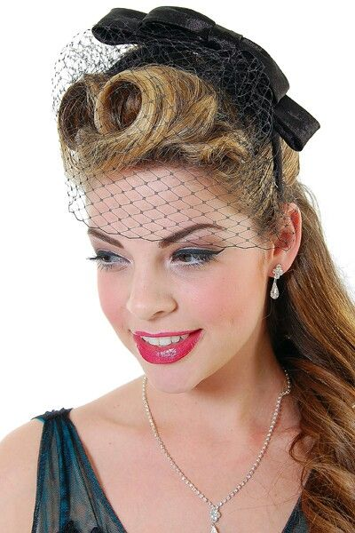 13ed6ae78576e Victory roll 1940s Hairstyles