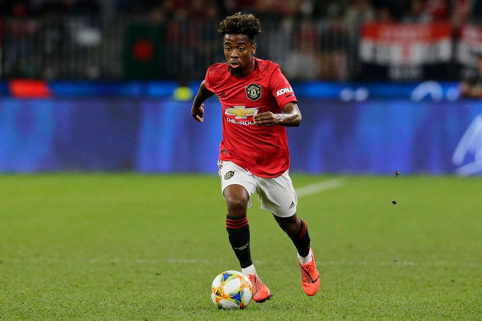 Chelsea Interested In Signing Manchester United Youngster Angel Gomes Who Can Leave On A Free In Summer In 2020 Manchester United Manchester Chelsea