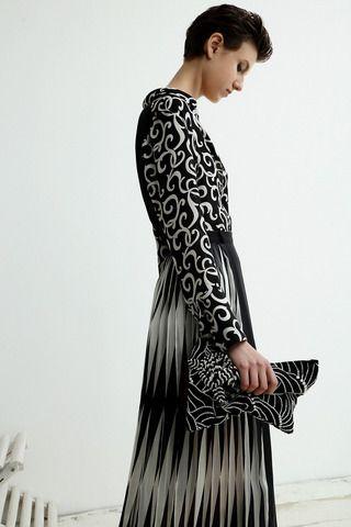 Sharon Wauchob Collection Slideshow on Style.com