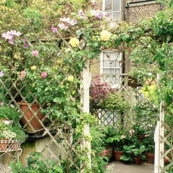 7-10-best-garden-contemporary-trellis-ideas | Garden 1 | Pinterest ...