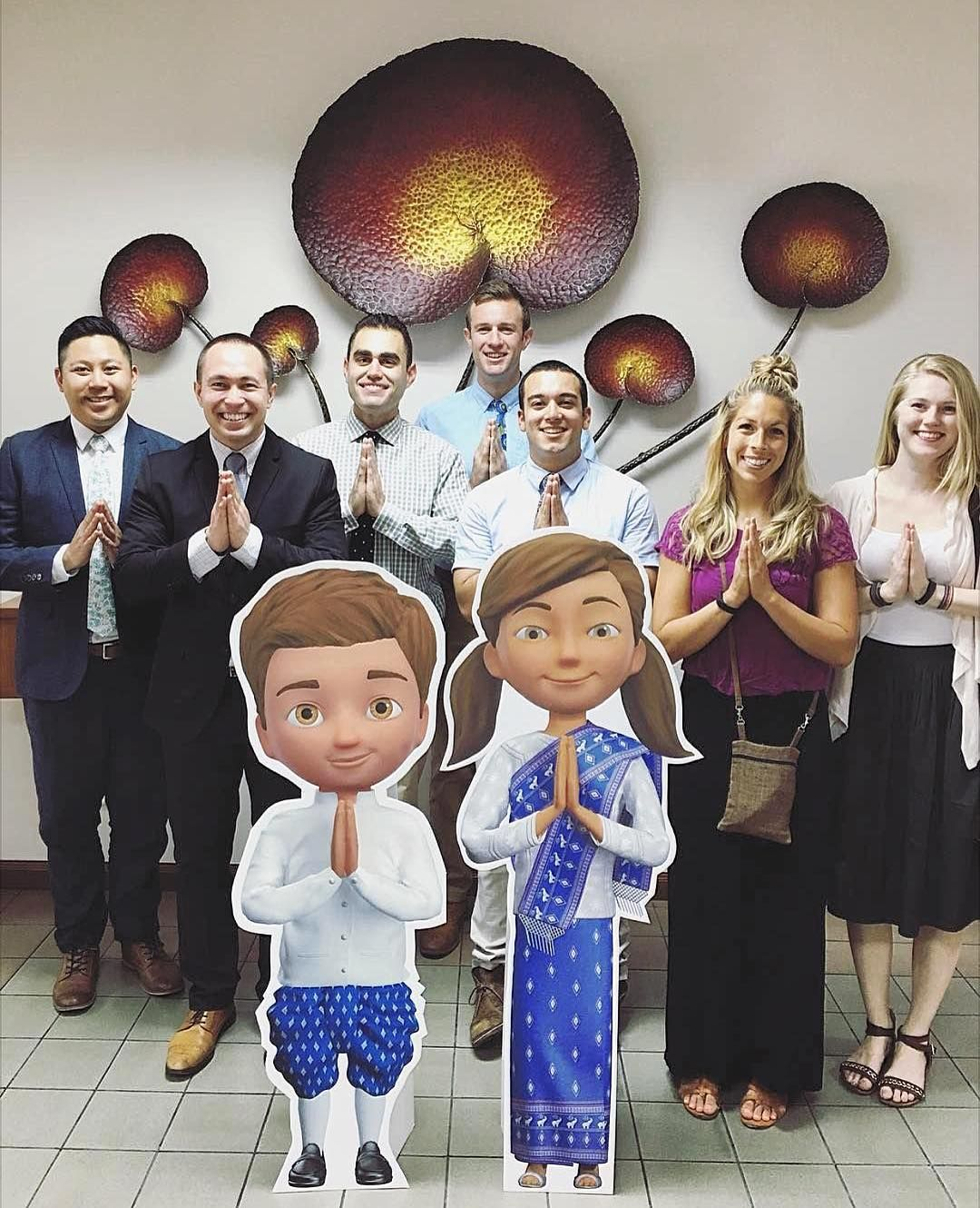S a w a s d e e hello in thai today myself and 6 of my best s a w a s d e e hello in thai today myself and 6 of my best friends visited the branch in thailand on our vacation we learned a few greetings kristyandbryce Choice Image