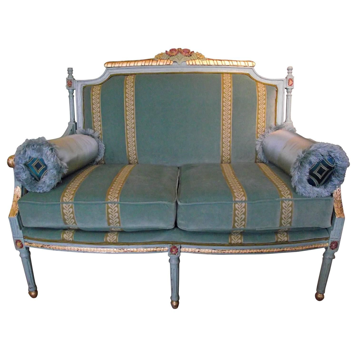 Strange Georgian Style Settee With Gold Leaf Accents In 2019 For Machost Co Dining Chair Design Ideas Machostcouk