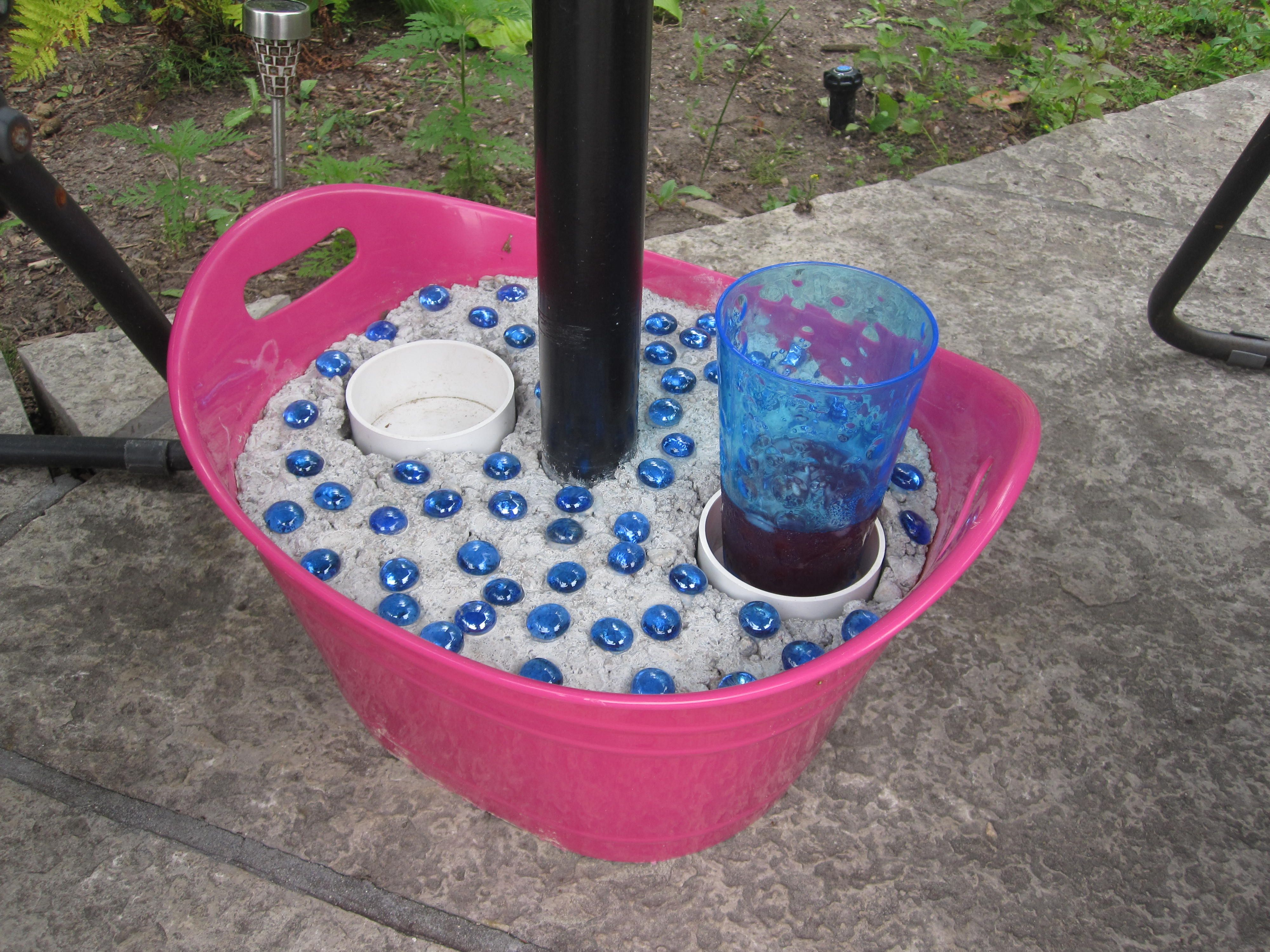 patio moveable umbrella stand with drink holders diy. Black Bedroom Furniture Sets. Home Design Ideas