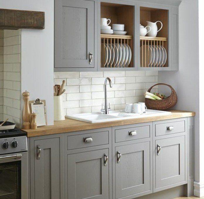 cuisine joliment arrange exemple de cuisine blanche et grise meuble cuisine taupe et carrelage blanc en parfaite harmonie - Cuisine Meuble Blanc