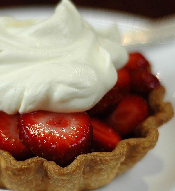 how to make strawberry tarts