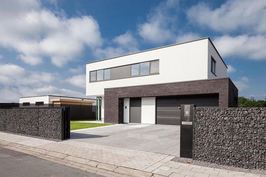 Puur en modern strakke ramen engels huizen in 2019 for Huizen architectuur