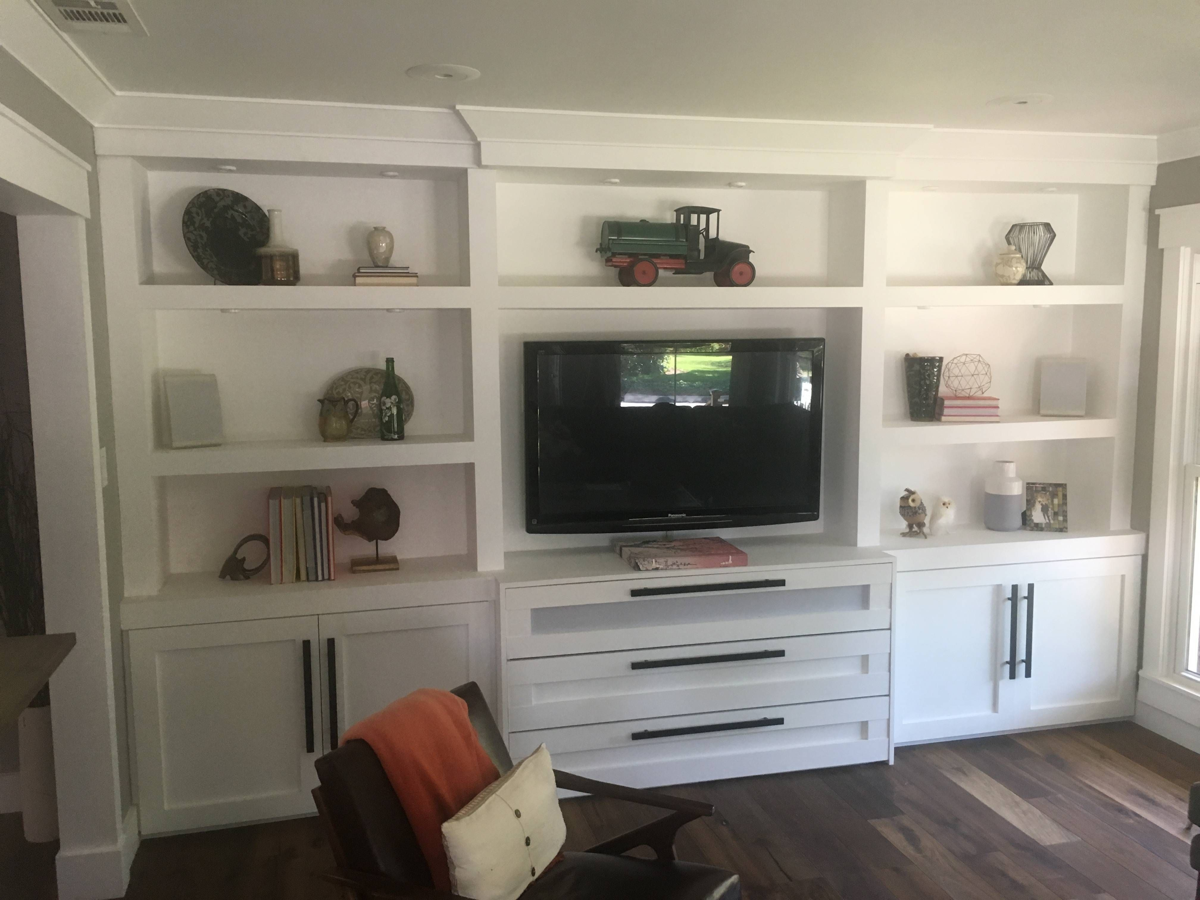 I built a built in entertainment centerbookshelf system in my new i built a built in entertainment centerbookshelf system in my newold diy solutioingenieria Choice Image