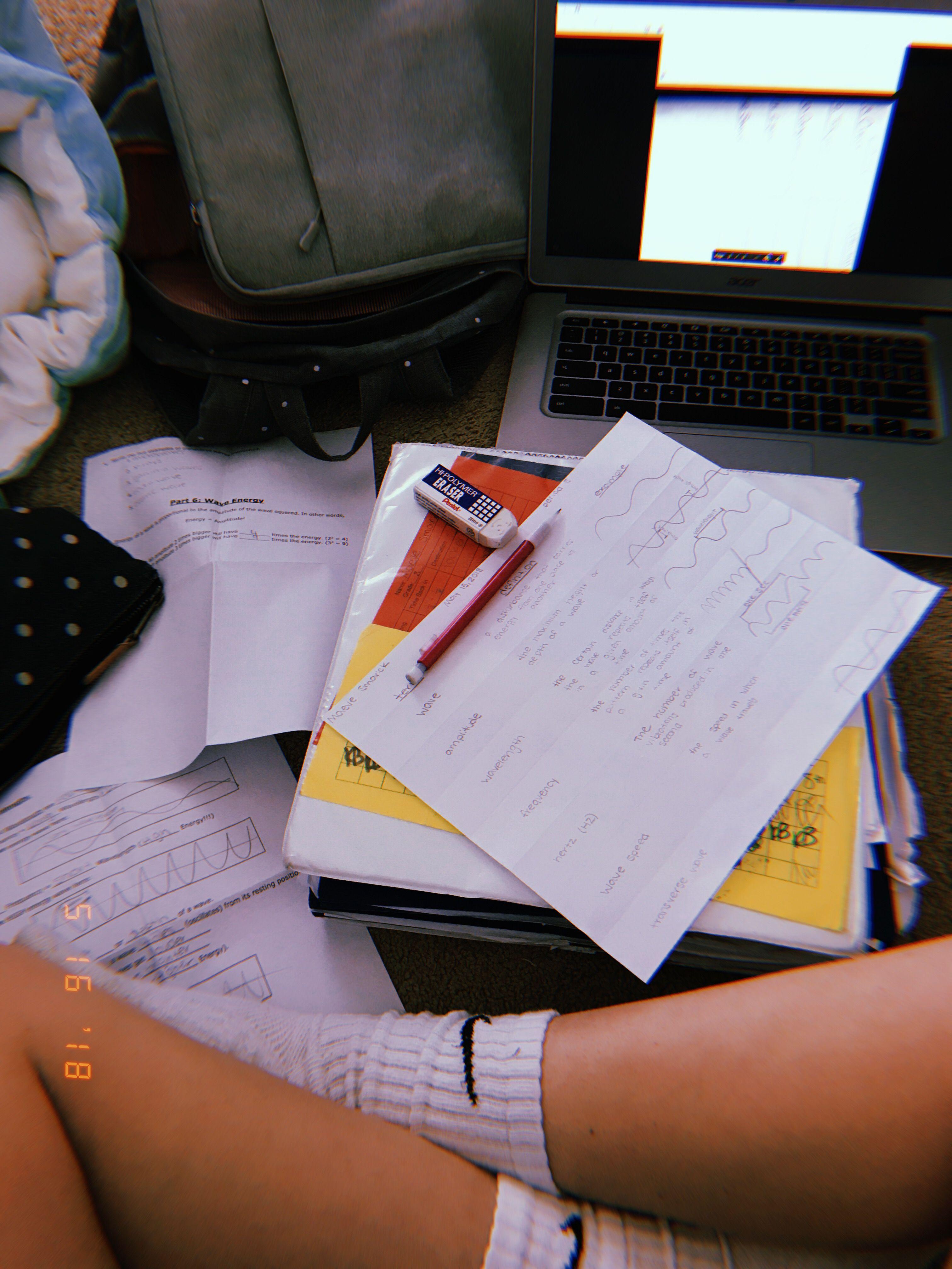 Huji Cam Study Cose Per La Scuola Foto Tumblr E Foto