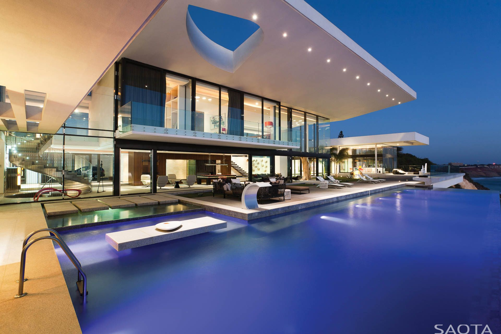 AmazingArchitecture A High end Home would just feel in plete