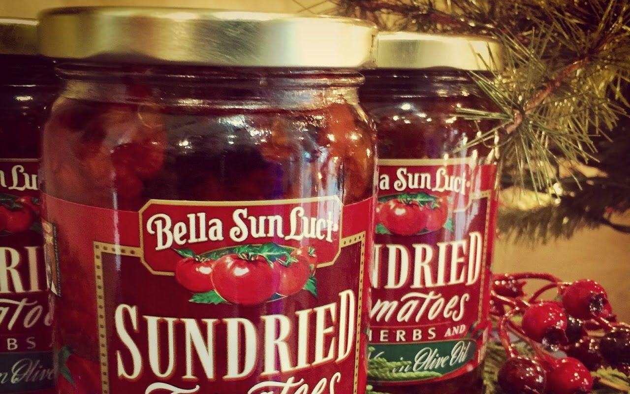 'Tis the season! Don't forget your sun dried tomatoes for your holiday recipe! Ask for recipe cards when you come by the store, or visit www.BellaSunLuci.com #Christmas #Holiday #recipe #food #dinner