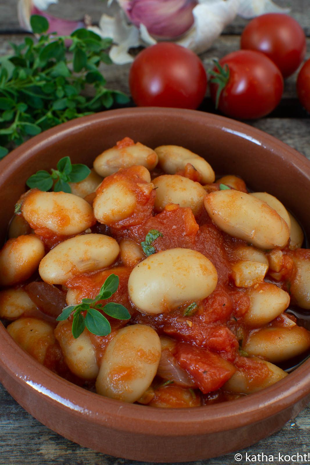 Photo of Tapas – Broad beans in tomato sauce