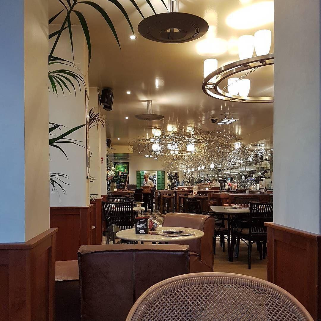 Meine neueste Entdeckung für #kaffee und #kuchen: Das Bär Celine in Hamburg.  #hamburg #hamburgmeineperle #meineperle #365_tage_hamburg #ahoihamburg #hamburgliebe #hamburgcity #ilovehamburg #ilovehh #welovehh #welovehamburg #igershamburg #rotherbaum #barcelona #cafe
