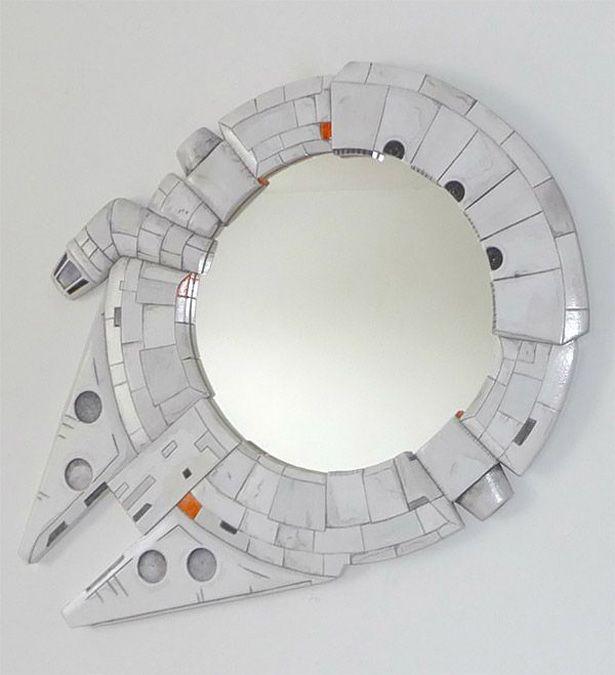 Espejo con marco en forma del Halcón Milenario   siluetas ...