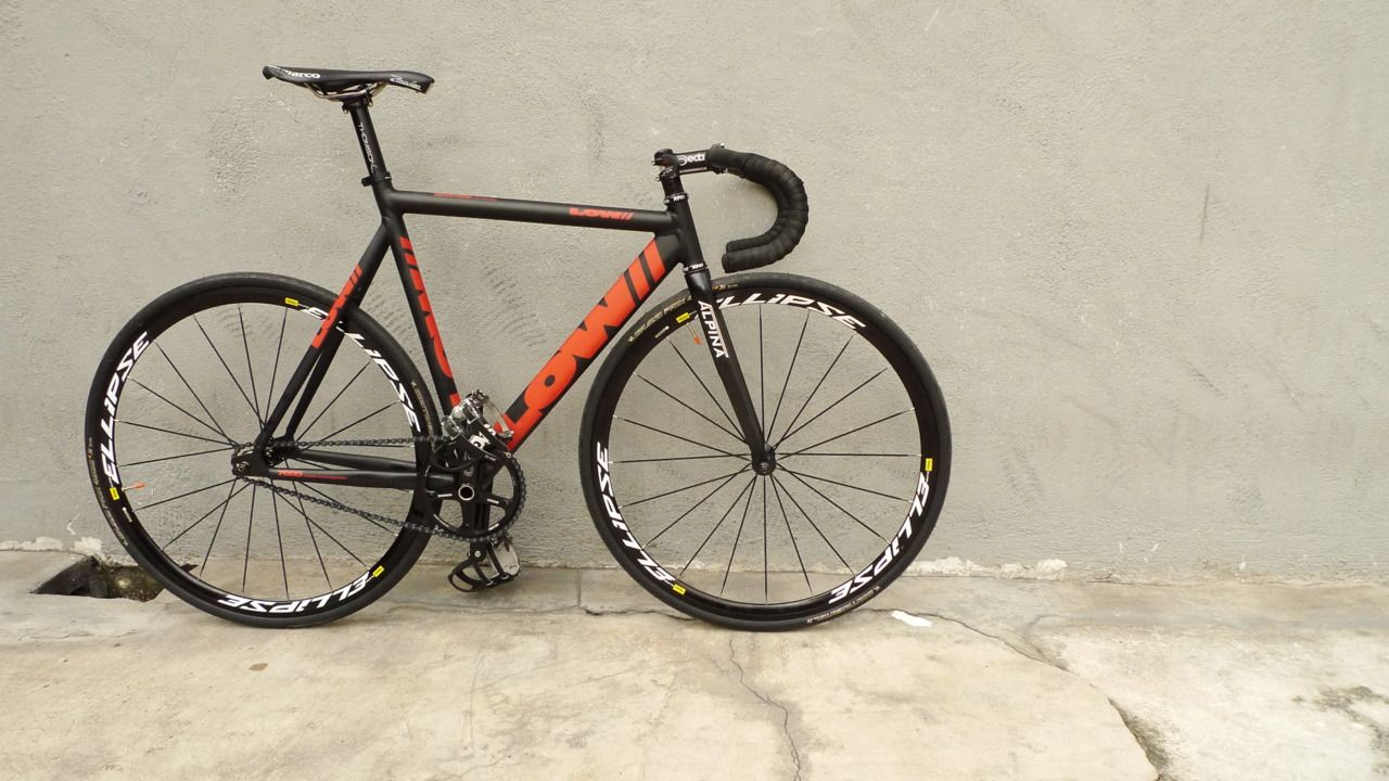 Low Bicycles Pursuit Fixie Pinterest Bicycling Fixie And