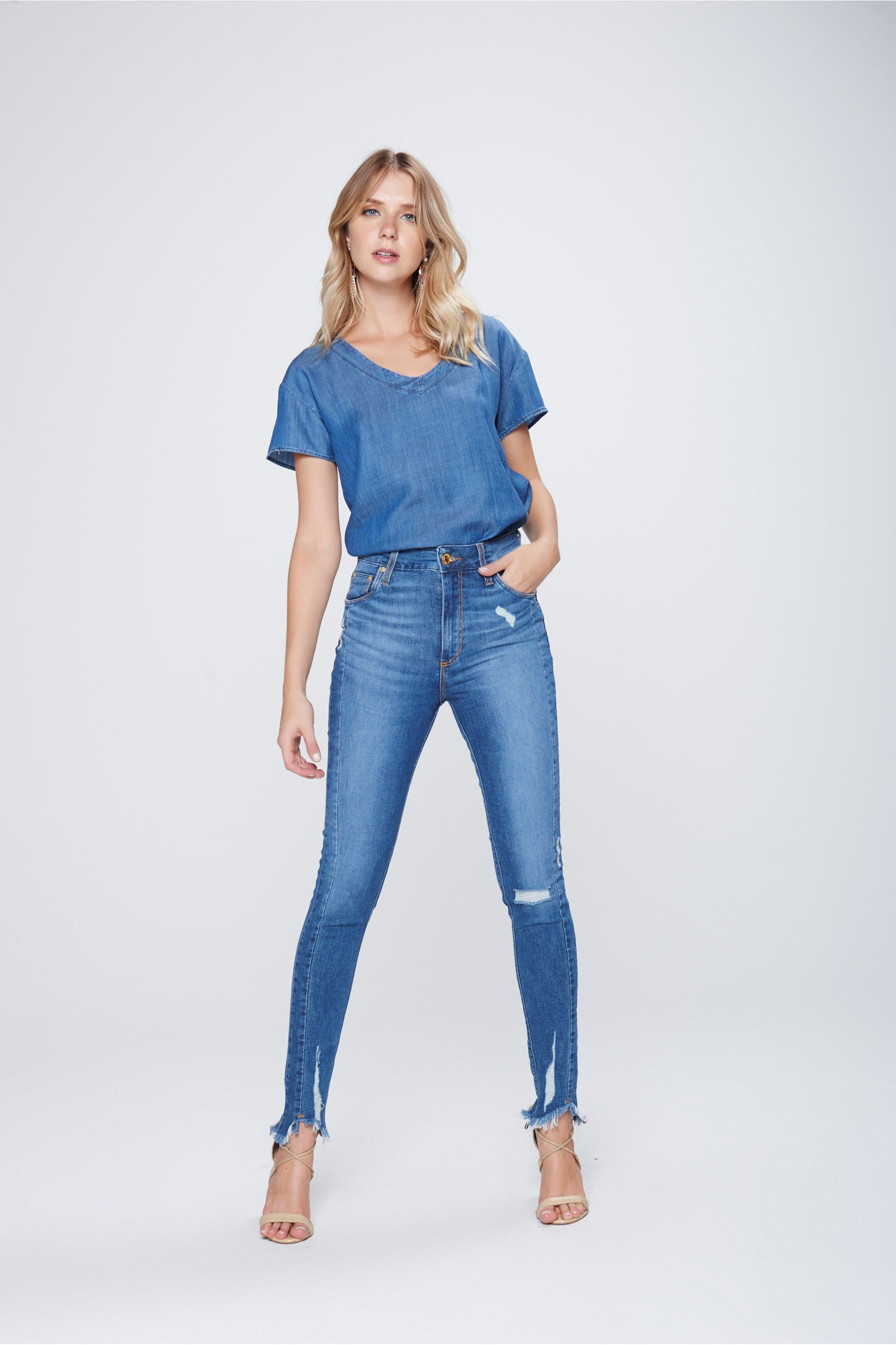 798db7c54b8 Calça Jeans Cigarrete Feminina - Damyller