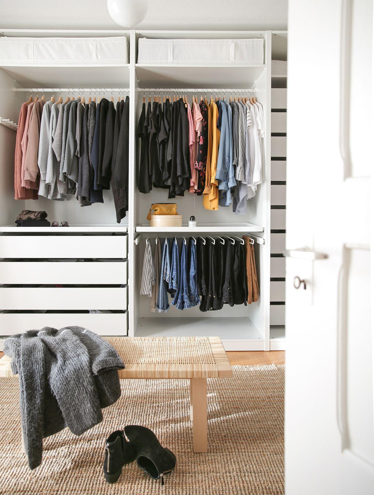 Unser Neues Ankleidezimmer Das Perfekte Weihnachtsgeschenk Lilaliv Ankleide Zimmer Ankleidezimmer Ankleide