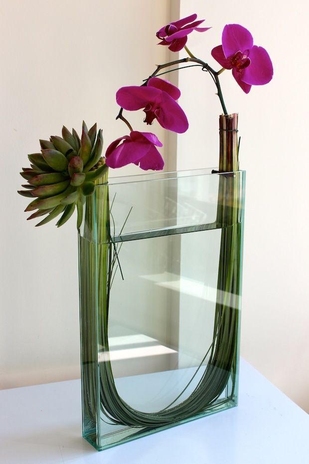 Valentines day flowers for the modern girl orchids from for Flower arranging tips design
