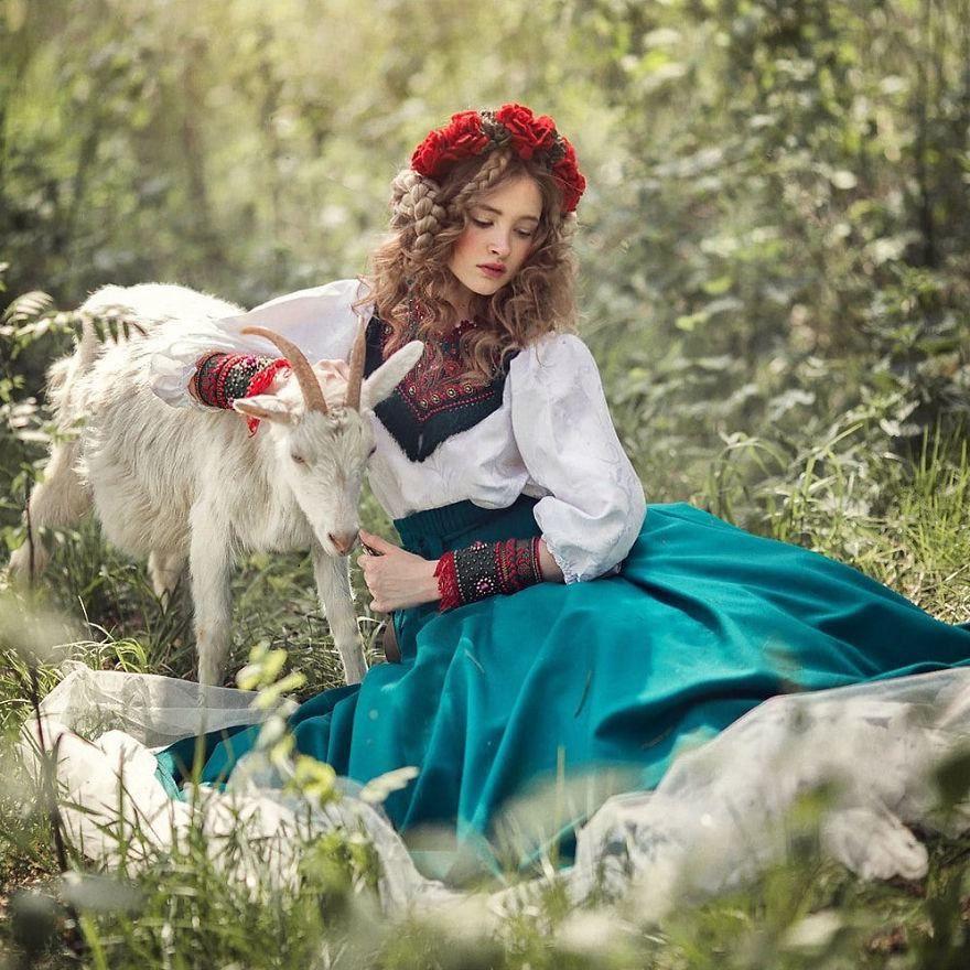 Fotógrafa traz contos de fadas russos para o mundo real