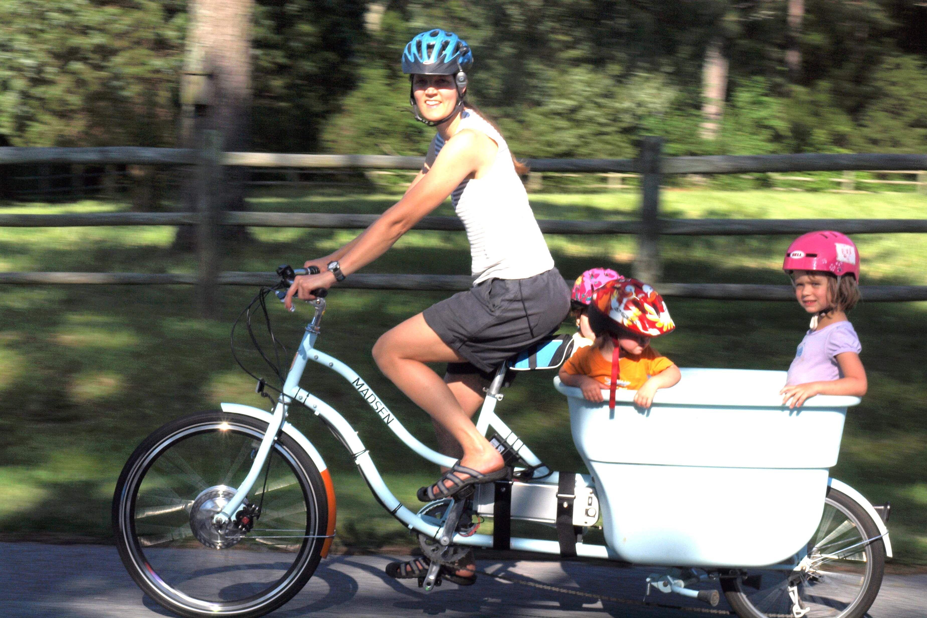 Bicycle With Kid Cart So Fun Cargo Bike Bicycle Bike