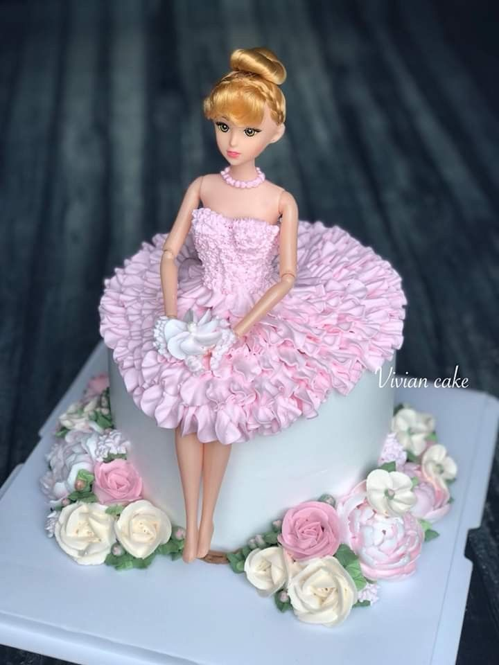 1 kg at rs 700/kilogram in kalyan, maharashtra. Pin By Carmen Adina Narvaez On Torty Doll Cake Designs Barbie Doll Cakes Princess Doll Cake