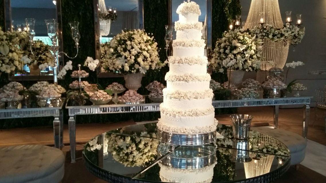bolo de 7 andares repleto de carinho by Jack Cake