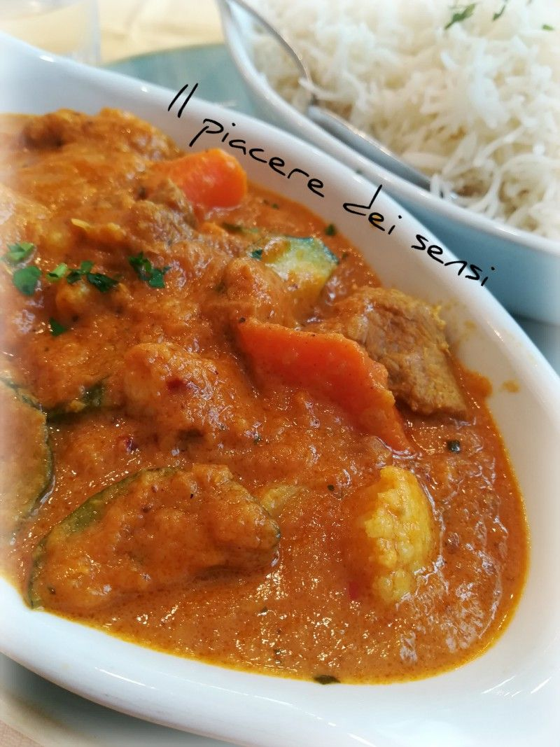 Photo of Veal and vegetable stew in spicy curry sauce -…