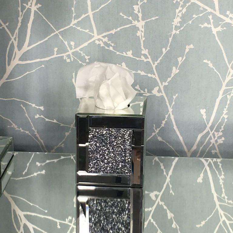 Diamond Crush Square Mirrored Tissue Box Cover Picture