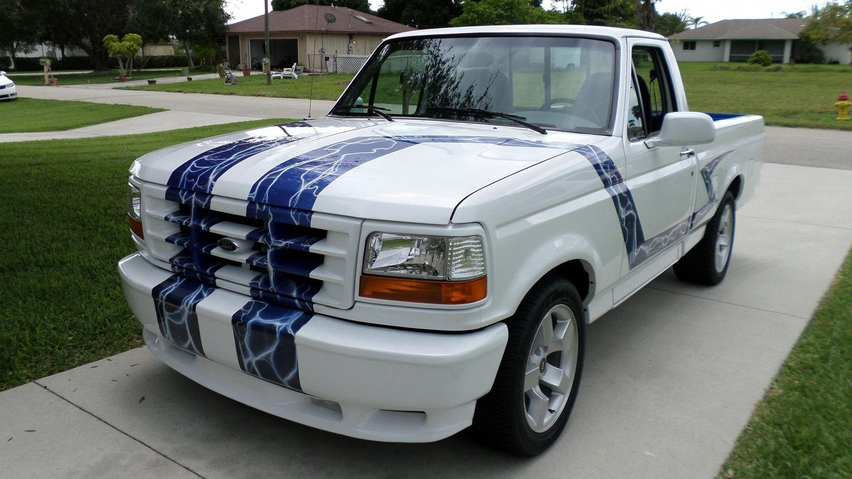Wowzas I Quite Appreciate This Color Choice For This Camofordranger Ford Svt Svt Lightning Ford Lightning