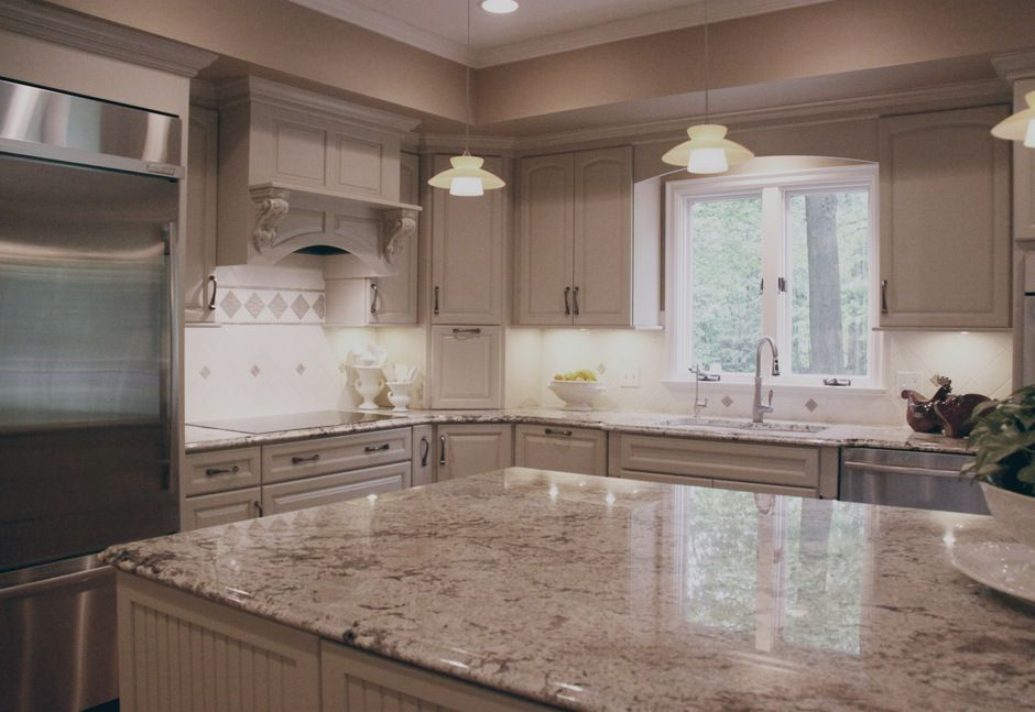 kraftmaid photo in canvas traditional cabinetry detroit countertops kitchen maple