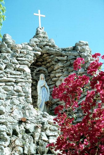 Grotto at St. Mary's Church: Key West, Florida - A really peaceful walk through.