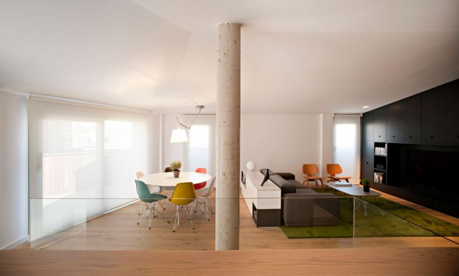 Brilliant Spanish Duplex Employs Inventive Floor Plan And A Dash Of Color
