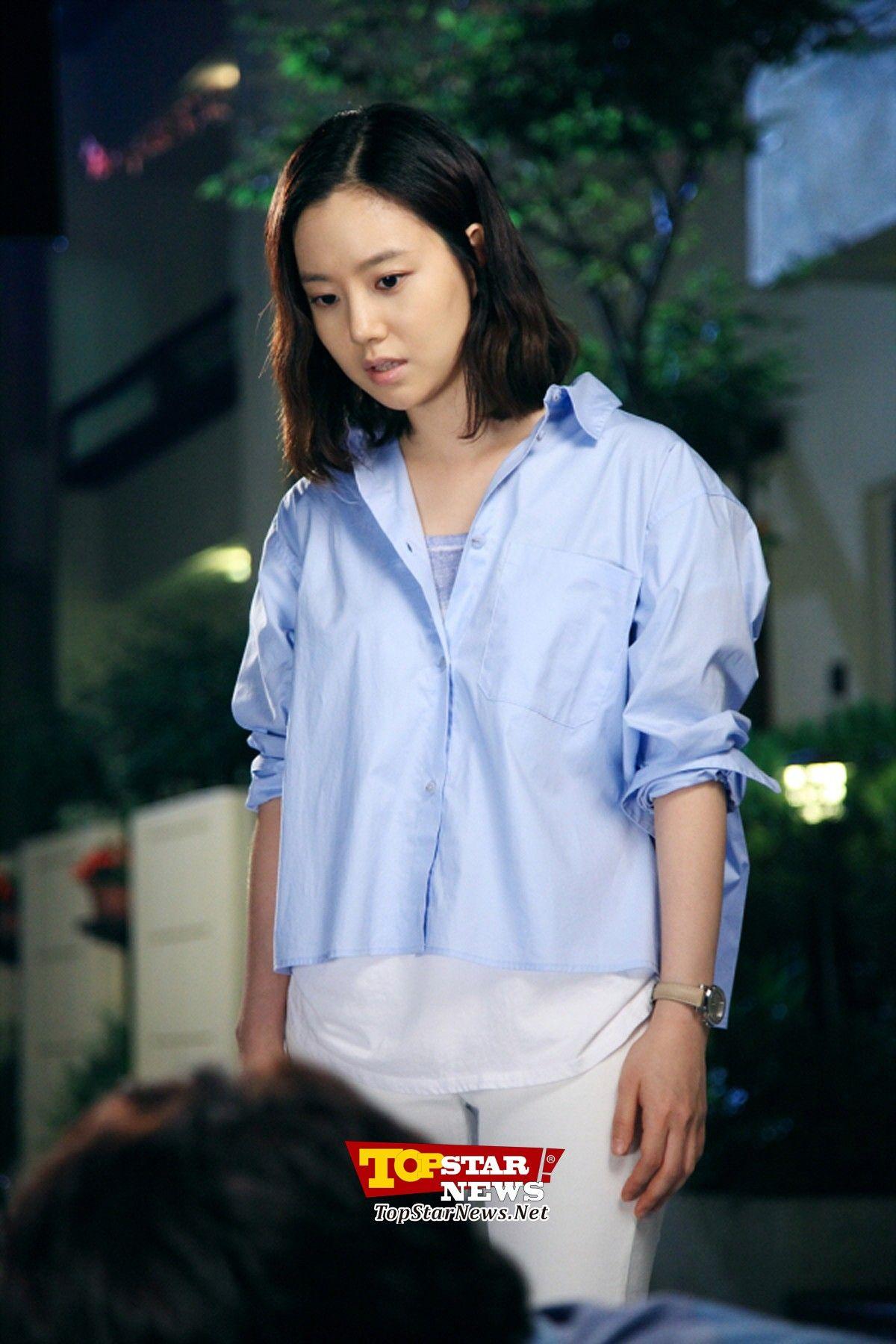 Pin on DC 문채원 갤러리/DC Moon Chae Won Gallery